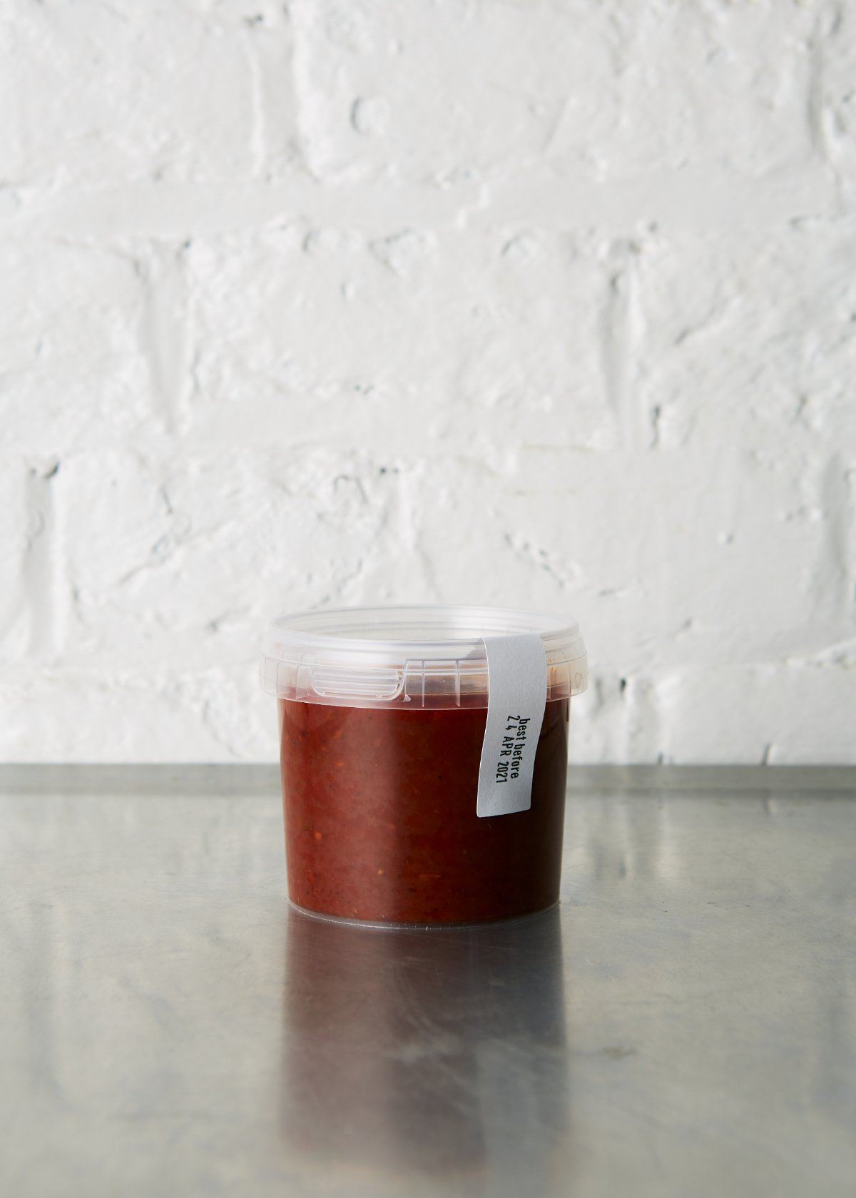 Slow cooked tomato sauce large
